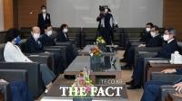 권순일 대법관 후임에 배기열·천대엽·이흥구 압축