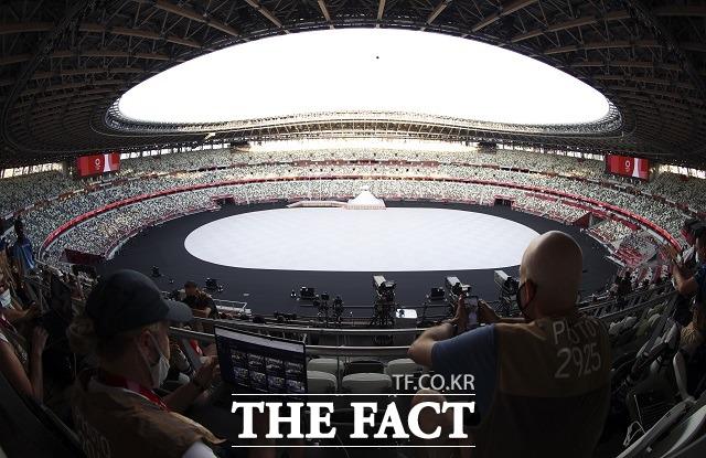 23일 오후 2020 도쿄올림픽 개회식이 열리는 도쿄 신주쿠 국립경기장이 텅 비어 있다. /도쿄=뉴시스