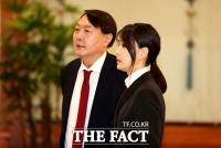 윤석열, '가족 의혹' 강경 돌파…선명성 구축 주목