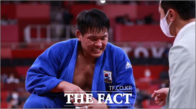 조구함이 2020 도쿄올림픽 유도 남자 100kg급 결승전에서 일본의 애런 울프에게 패해 은메달을 획득했다. /도쿄=뉴시스
