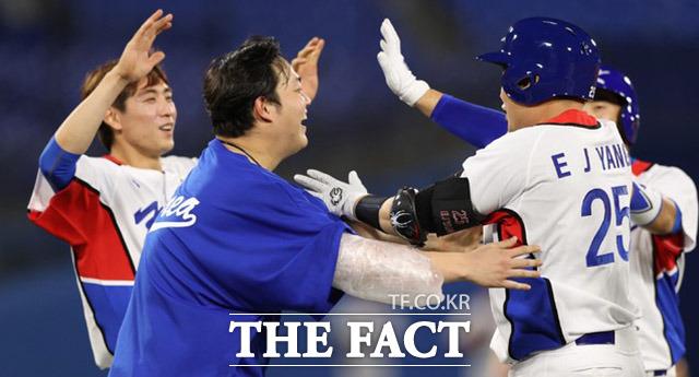 대한민국 야구 대표팀은 29일 일본 요코하마 스타디움에서 열린 2020 도쿄올림픽 야구 B조 1차전 이스라엘전에서 10회 연장 접전 끝에 6-5 승리를 거뒀다. /요코하마=뉴시스