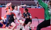 '한일전 승리' 여자 핸드볼, 일본 상대로 대회 첫 승 [TF사진관]