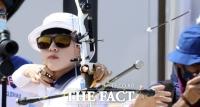 여자양궁 안산, 한국 첫 올림픽 3관왕 노린다…16강 안착