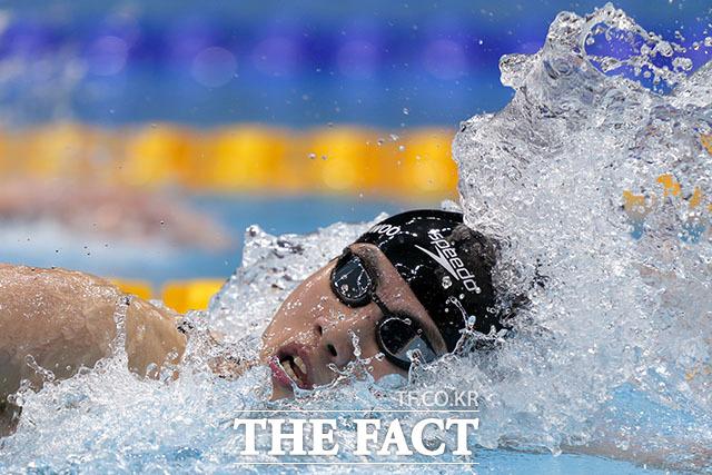 황선우는 30일 일본 도쿄 아쿠아틱스 센터에서 열린 2020 도쿄올림픽 경영 남자 자유형 50m 예선 6조 경기에 출전해 22초74로 조 7위를 기록했다. /도쿄=AP.뉴시스