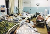 IS, 카불 등 2차례 폭탄 테러…'피 흘리는 아프간' [TF사진관]