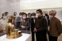 메트로폴리탄 박물관 방문한 김정숙 여사 …