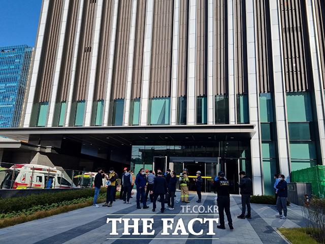 금천구 가산동 공사현장서 소화 약제 누출, '2명 사망·9명 부상'